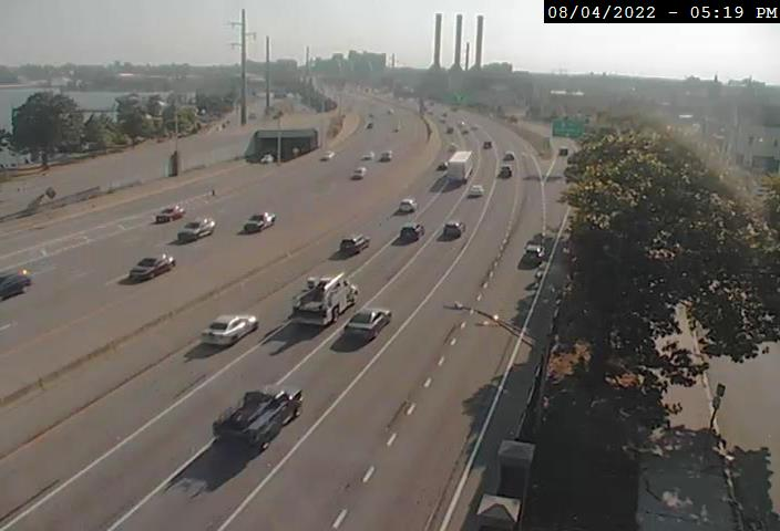 Camera at I-195 W @ Gano St