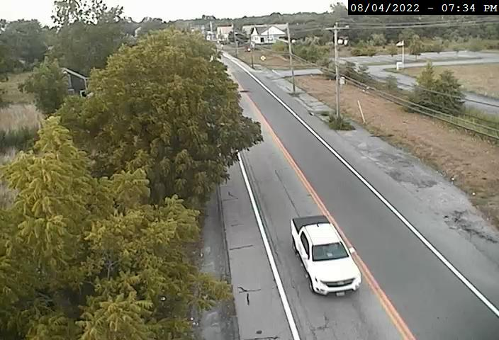 Camera at Rte 136 Market St @ Kickemuit Rd